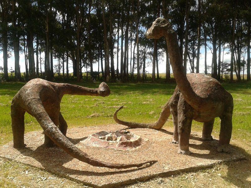 Dinosaurios Grutas Del Palacio