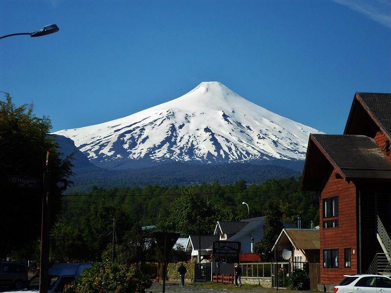 Volcan Villarica Visto Da Cidade De Pucon