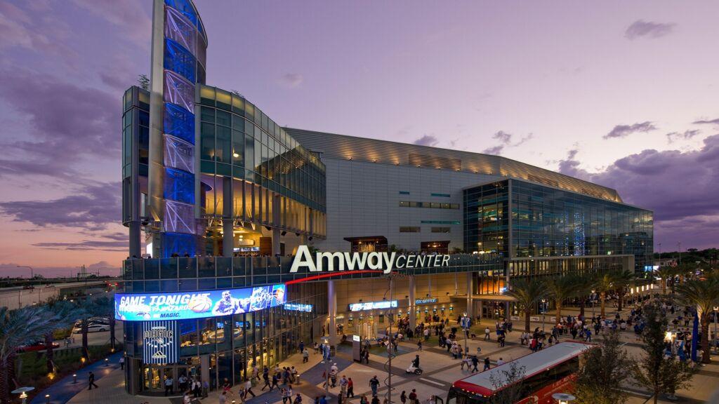 Visitar o Amway Center