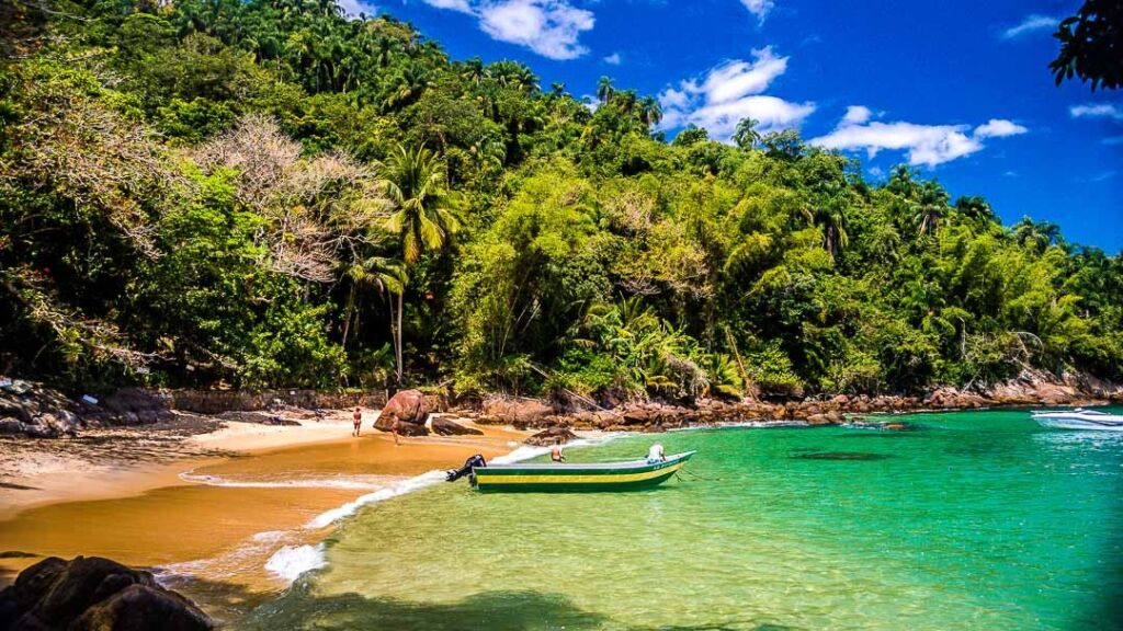 Qual a melhor praia de Ubatuba?