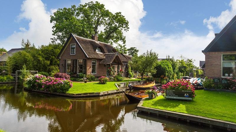 Cidade Holandesa De Giethoorn